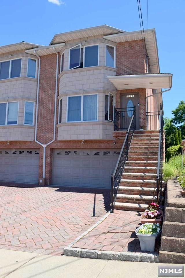 327 E Ruby Avenue A, Palisades Park, NJ 07650 (#21026809) :: United Real Estate