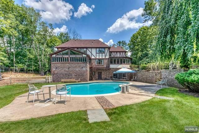245 E Saddle River Road, Saddle River, NJ 07458 (MLS #21026905) :: Kiliszek Real Estate Experts