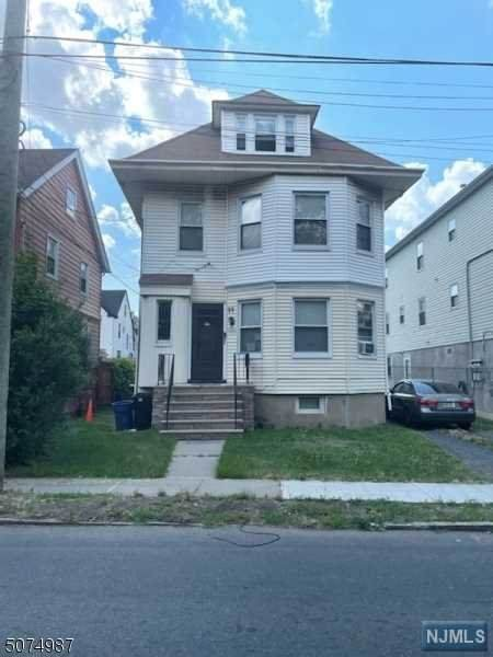 99-101 Maybaum Avenue - Photo 1