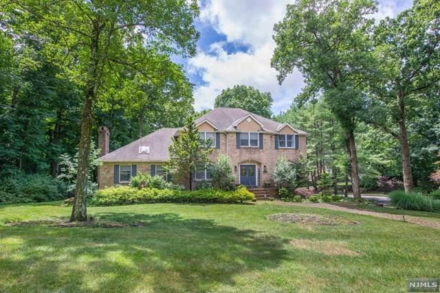 8 Denise Drive, Kinnelon Borough, NJ 07405 (MLS #21028252) :: Kiliszek Real Estate Experts