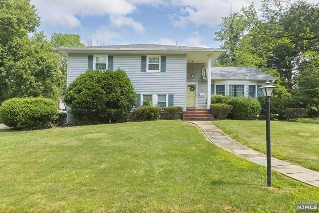 22 Stonybrook Road, West Caldwell, NJ 07006 (MLS #21028408) :: Kiliszek Real Estate Experts