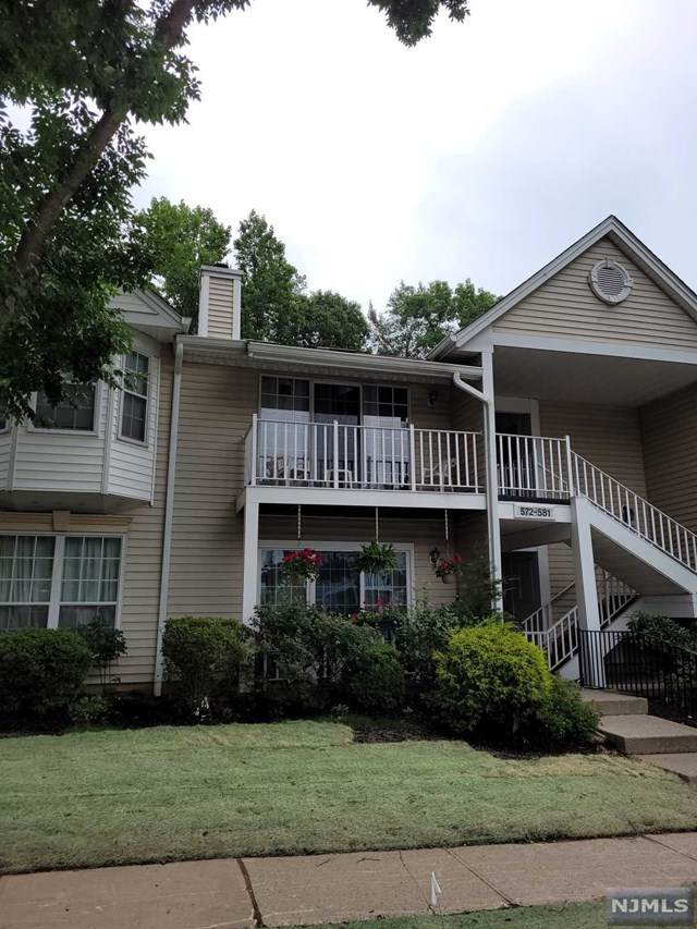 578 Holly Court - Photo 1