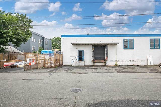 186-202 Keen Street - Photo 1