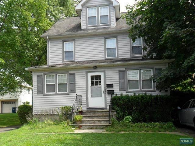 454 Tappan Road, Norwood, NJ 07648 (MLS #21028702) :: Kiliszek Real Estate Experts