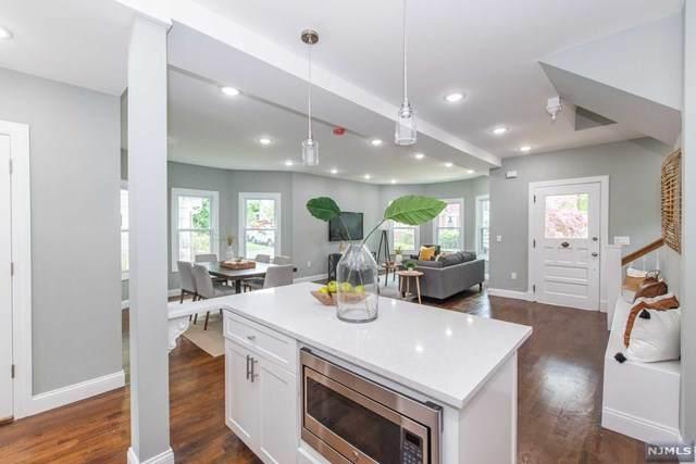 10 Manheim Road, Essex Fells, NJ 07021 (MLS #21028713) :: Kiliszek Real Estate Experts