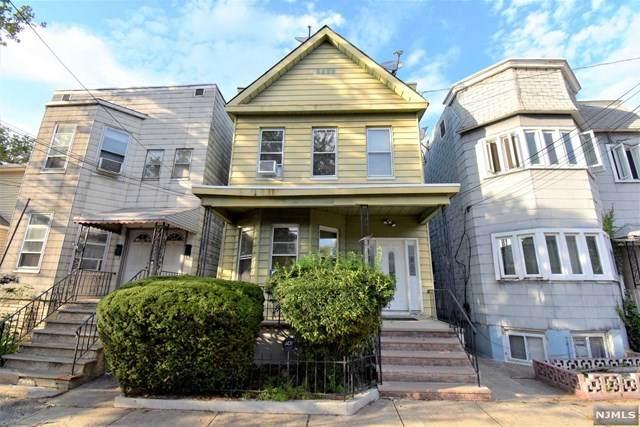 176 Boyd Avenue - Photo 1