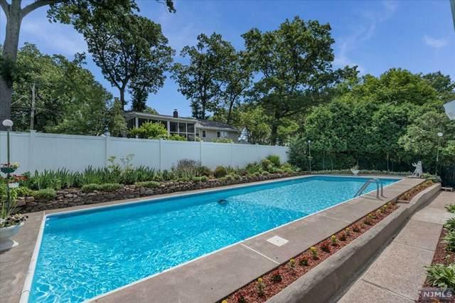 930 Ridgewood Boulevard, Twp Of Washington, NJ 07676 (MLS #21028758) :: Howard Hanna Rand Realty