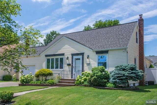 382 Amherst Road, Linden, NJ 07036 (MLS #21028780) :: Kiliszek Real Estate Experts