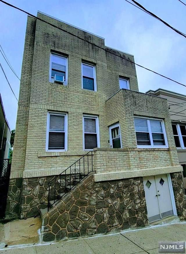 1119 Hillside Place, North Bergen, NJ 07047 (MLS #21028871) :: Howard Hanna Rand Realty