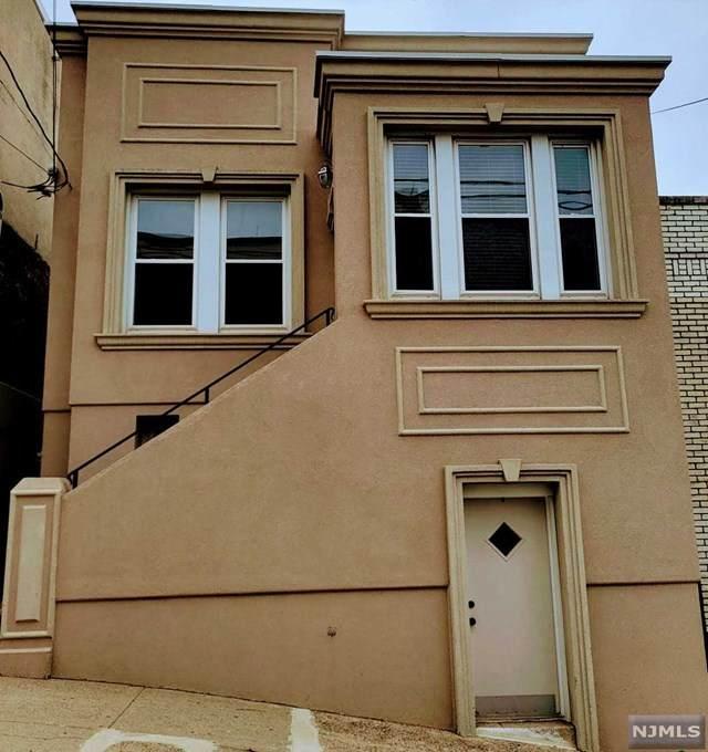 1121 Hillside Place, North Bergen, NJ 07047 (MLS #21028895) :: Howard Hanna Rand Realty
