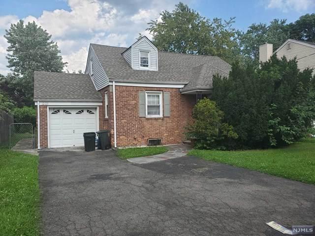 12-23 Fairclough Place, Fair Lawn, NJ 07410 (MLS #21028896) :: The Dekanski Home Selling Team