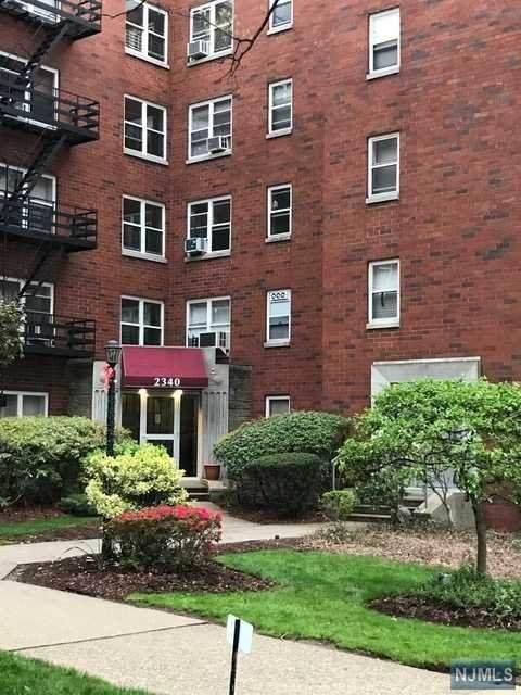 2340 Linwood Avenue - Photo 1