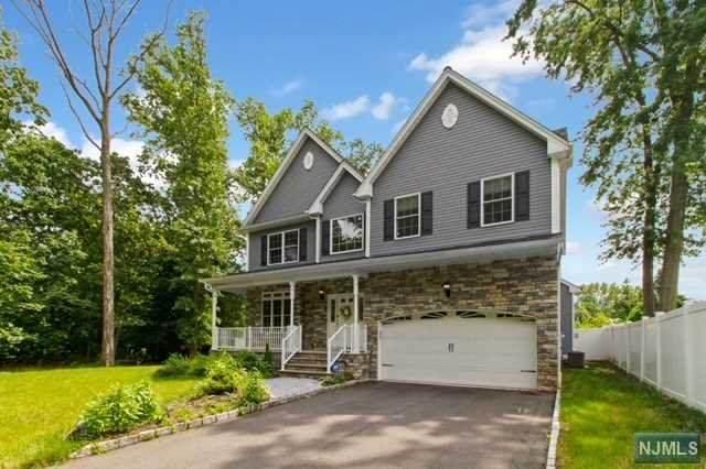 3 Loeser Avenue, Clark, NJ 07066 (MLS #21028933) :: Kiliszek Real Estate Experts