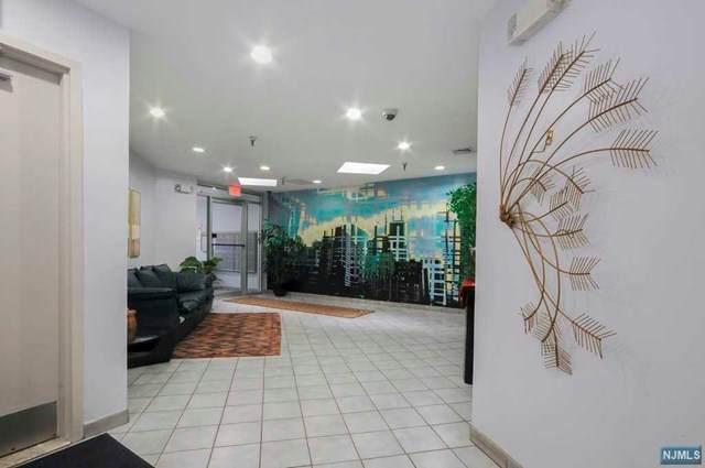 320 Anderson Avenue - Photo 1
