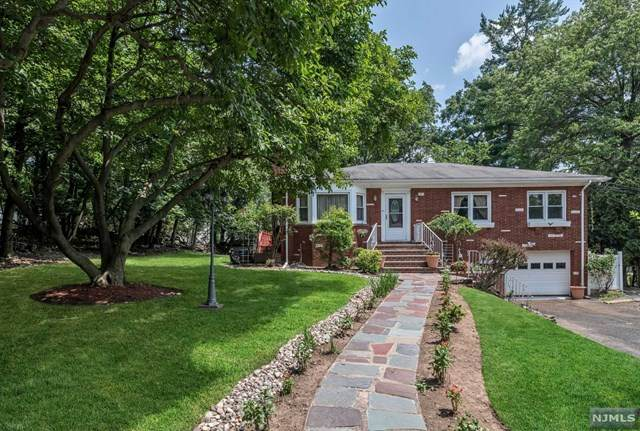 132 Linda Vista Avenue, North Haledon, NJ 07508 (MLS #21029205) :: Howard Hanna Rand Realty