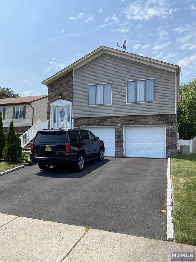 52 Jackson Place, Moonachie, NJ 07074 (MLS #21029298) :: Kiliszek Real Estate Experts