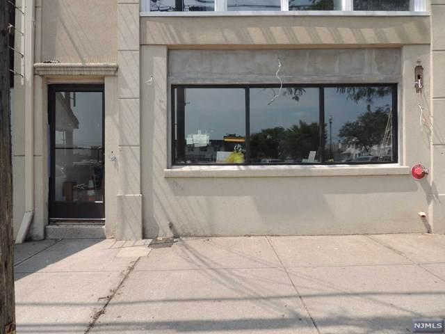 231 Dayton Avenue - Photo 1