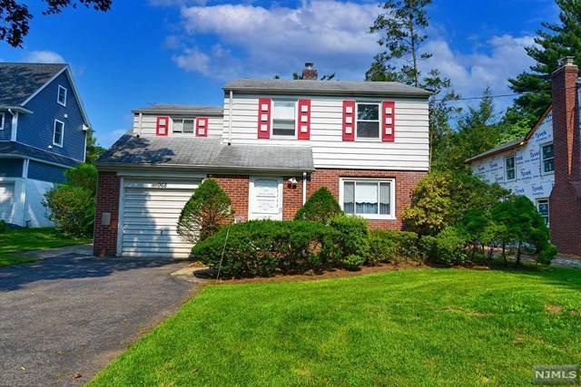 968 Phelps Road, Teaneck, NJ 07666 (MLS #21029402) :: Howard Hanna Rand Realty