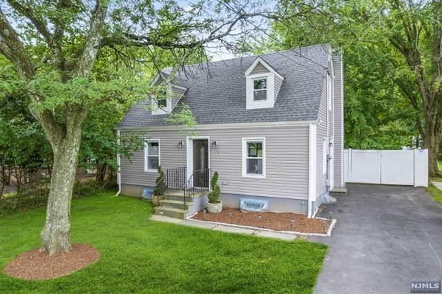 216 Pompton Avenue, Verona, NJ 07044 (MLS #21029541) :: The Dekanski Home Selling Team