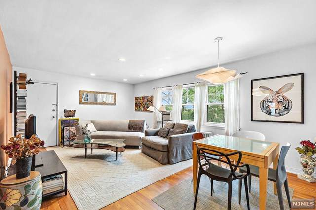 10 Gainesborough Terrace 2A, River Edge, NJ 07661 (MLS #21029614) :: Team Braconi | Christie's International Real Estate | Northern New Jersey