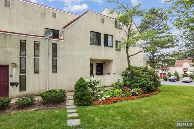 60 Musano Court, West Orange, NJ 07052 (MLS #21029639) :: The Dekanski Home Selling Team