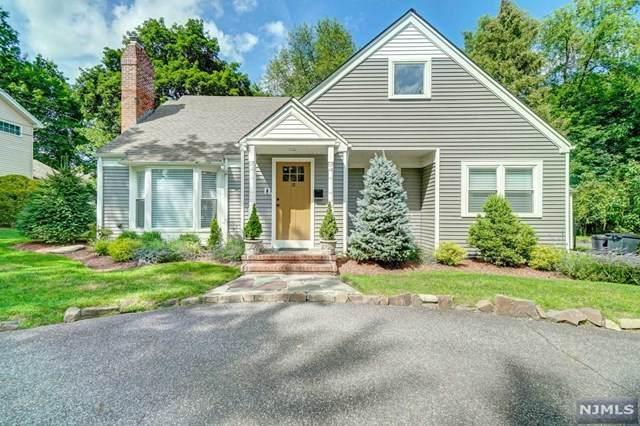 18 Lois Avenue, Demarest, NJ 07627 (MLS #21029640) :: Howard Hanna Rand Realty