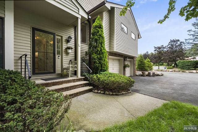 43 Bentley Drive, Franklin Lakes, NJ 07417 (MLS #21029660) :: Howard Hanna   Rand Realty