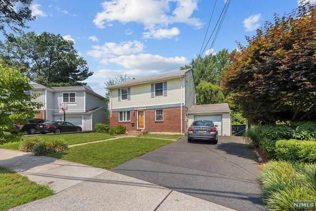 131 Dudley Drive, Bergenfield, NJ 07621 (MLS #21029690) :: The Dekanski Home Selling Team