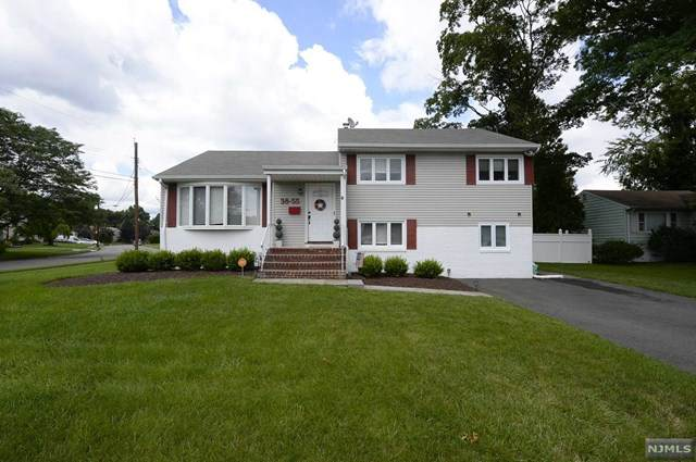 38-55 Northern Drive, Fair Lawn, NJ 07410 (MLS #21029757) :: The Dekanski Home Selling Team