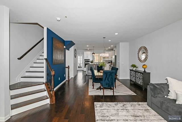 62 Truman Drive, Wood Ridge, NJ 07075 (MLS #21029766) :: The Dekanski Home Selling Team