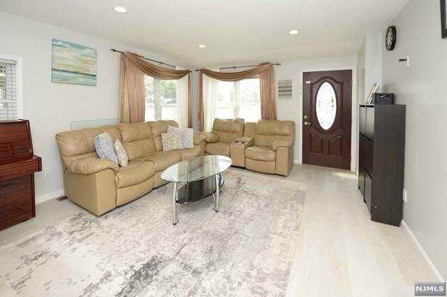 25 Saddle River Road, Fair Lawn, NJ 07410 (MLS #21029847) :: The Dekanski Home Selling Team