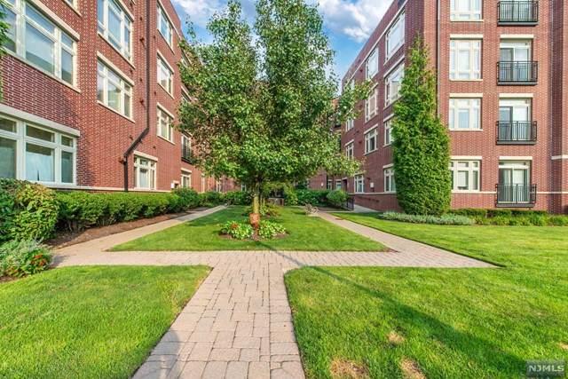 1126 Riverview Avenue, Englewood, NJ 07631 (MLS #21029885) :: Kiliszek Real Estate Experts
