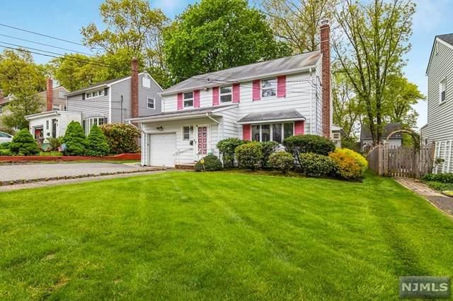 37 Brentwood Drive, Verona, NJ 07044 (MLS #21030041) :: The Dekanski Home Selling Team