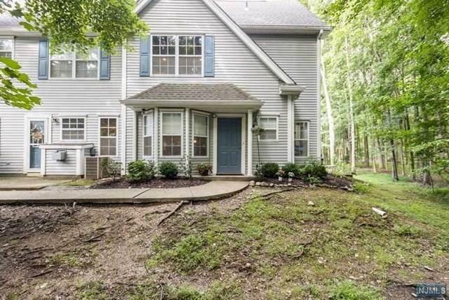1605 Hazelton Drive, Pequannock Township, NJ 07444 (MLS #21030163) :: Kiliszek Real Estate Experts