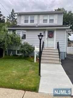 70 Carnation Street, Bergenfield, NJ 07621 (MLS #21030227) :: The Dekanski Home Selling Team