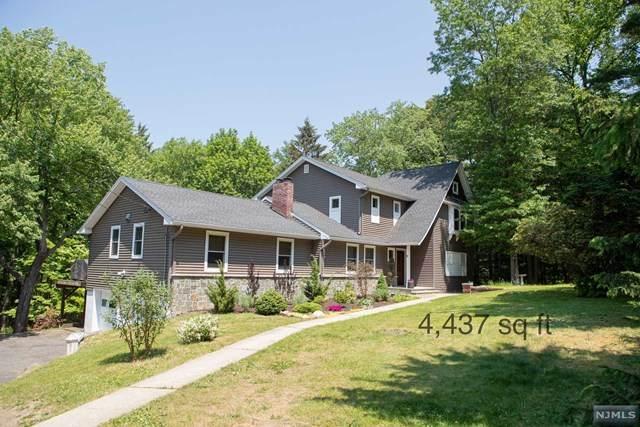 128 Glen Road, Woodcliff Lake, NJ 07677 (MLS #21030283) :: Kiliszek Real Estate Experts
