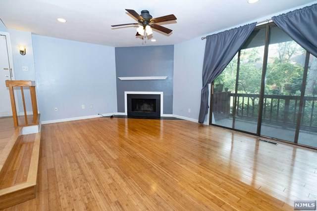 523 Teal Plaza, Secaucus, NJ 07094 (MLS #21030323) :: Howard Hanna   Rand Realty