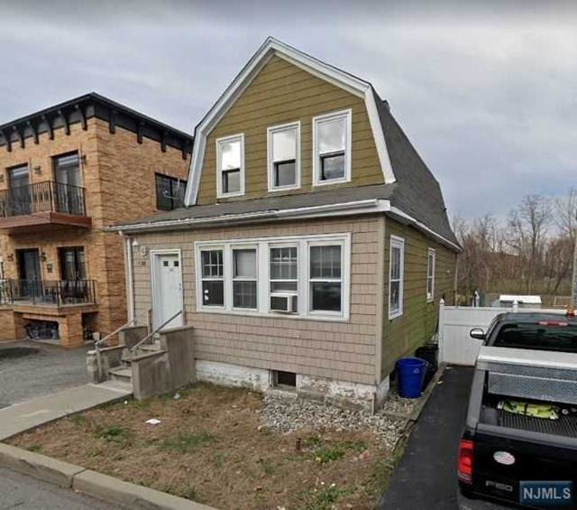 188 Meadow Lane, Secaucus, NJ 07094 (MLS #21030401) :: The Sikora Group