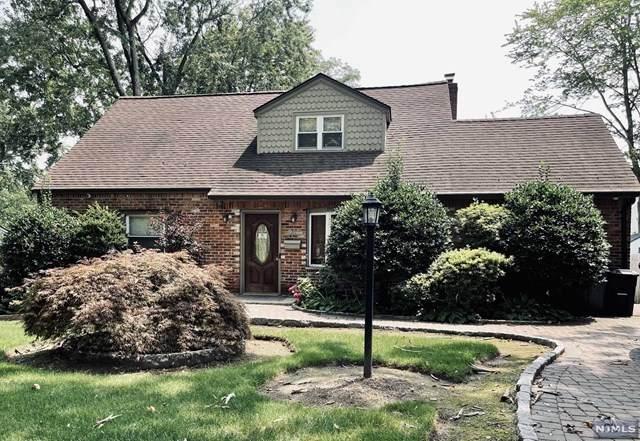 937 E Lawn Drive, Teaneck, NJ 07666 (MLS #21030569) :: Kiliszek Real Estate Experts
