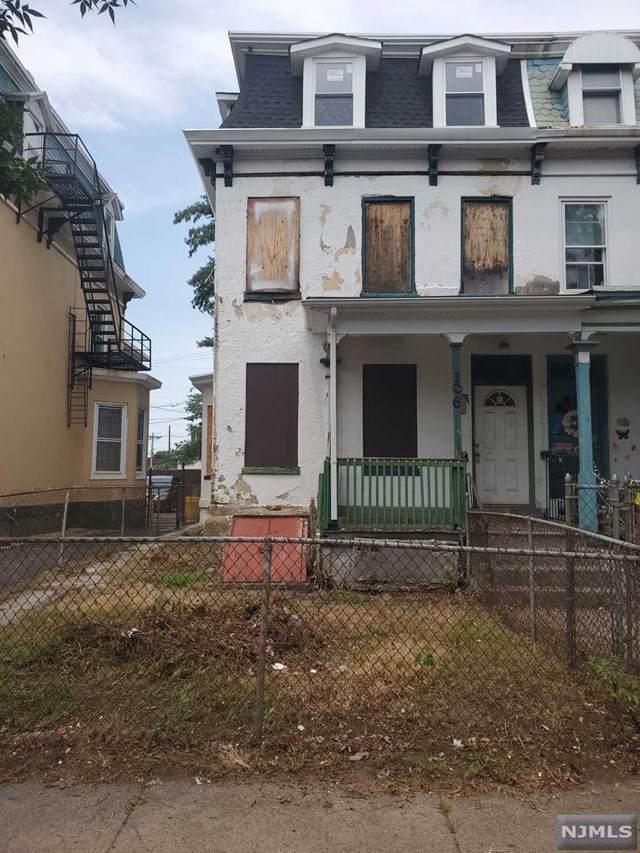 106 Walnut Avenue - Photo 1