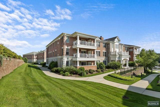 61 Four Seasons Drive, North Caldwell, NJ 07006 (MLS #21030627) :: Team Braconi | Christie's International Real Estate | Northern New Jersey