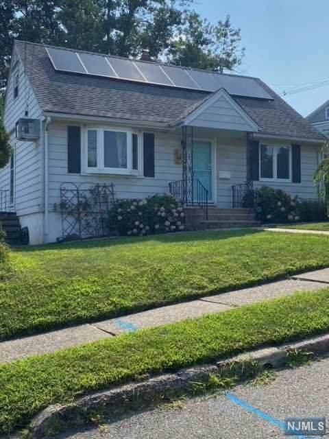 5 Stevens Road, Clifton, NJ 07013 (MLS #21030656) :: Howard Hanna Rand Realty