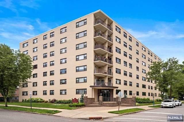 25 Grand Avenue 1G, Hackensack, NJ 07601 (MLS #21030684) :: Howard Hanna Rand Realty