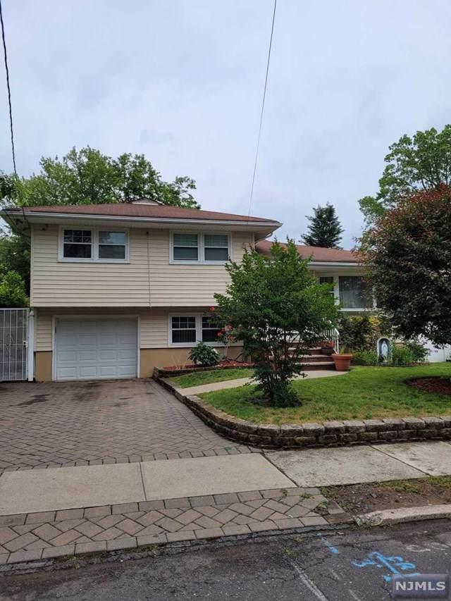 81 E Central Avenue, Bergenfield, NJ 07621 (MLS #21030723) :: Howard Hanna Rand Realty