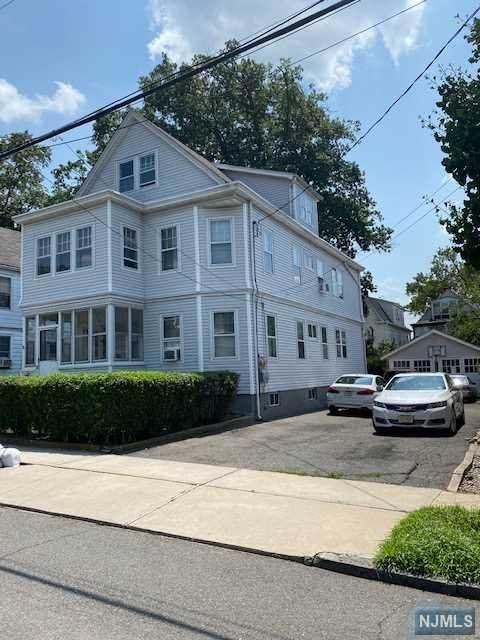 17 Beekman Street, Bloomfield, NJ 07003 (MLS #21030725) :: Howard Hanna Rand Realty