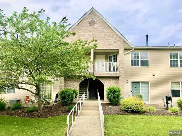 11 Parkside Court, Wayne, NJ 07470 (MLS #21030837) :: Kiliszek Real Estate Experts