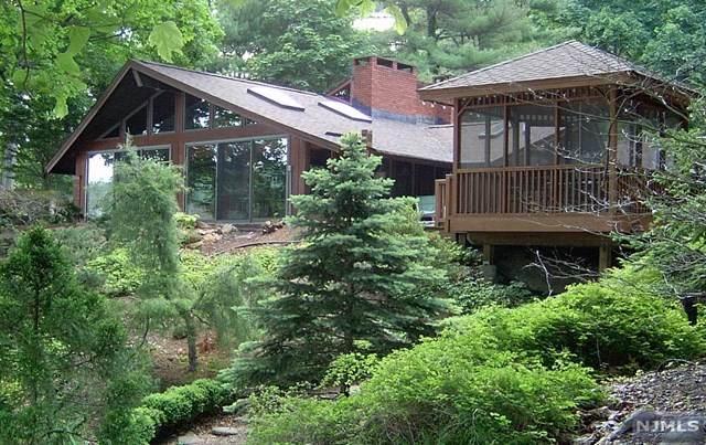 571 Terhune Drive, Wayne, NJ 07470 (MLS #21030857) :: Kiliszek Real Estate Experts
