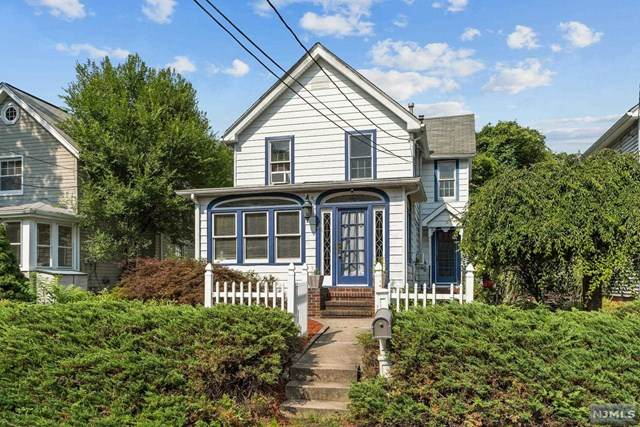 10 Old Newark Pompton Turnpike, Wayne, NJ 07470 (MLS #21030971) :: Kiliszek Real Estate Experts