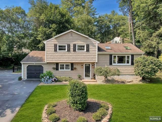 15 Bergen Drive, West Milford, NJ 07480 (MLS #21030977) :: Howard Hanna | Rand Realty