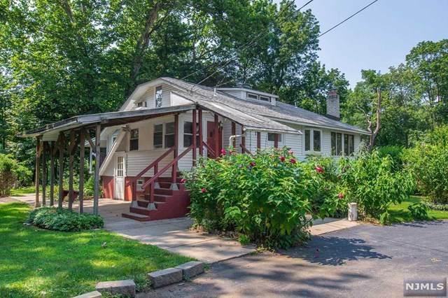 15 Lake Road, Wayne, NJ 07470 (MLS #21031006) :: Kiliszek Real Estate Experts